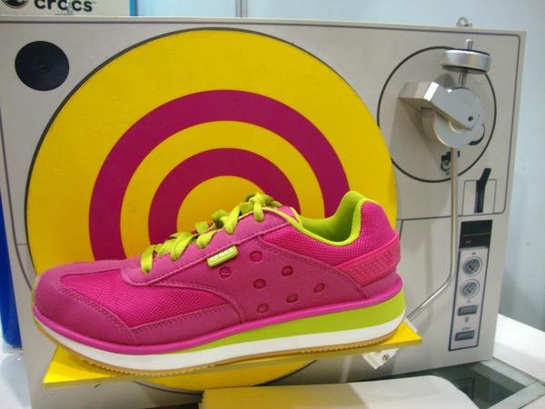blogapalooza 2014 crocs shoes slippers art of being a mom www.artofbeingamom.com 01