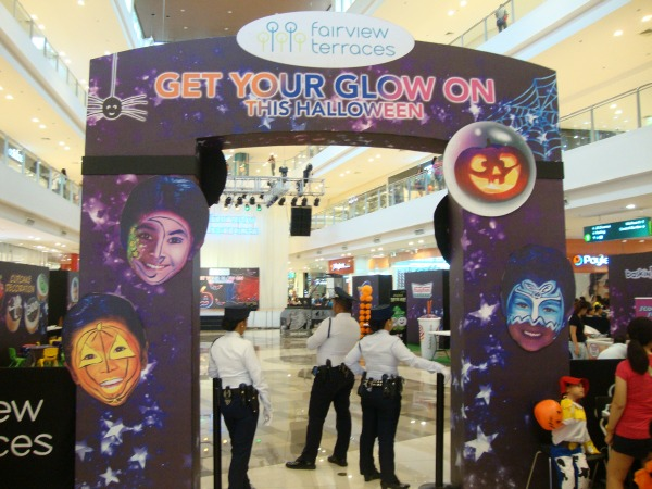 ayala fairview terraces halloween event costume party trick or treat 2014 art of being a mom www.artofbeingamom.com 04