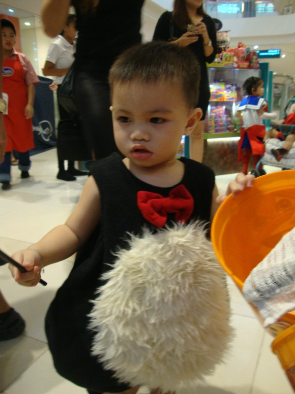ayala fairview terraces halloween event costume party trick or treat 2014 art of being a mom www.artofbeingamom.com 06