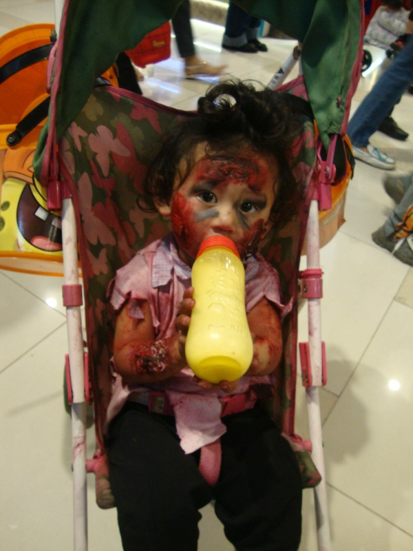 ayala fairview terraces halloween event costume party trick or treat 2014 art of being a mom www.artofbeingamom.com 07
