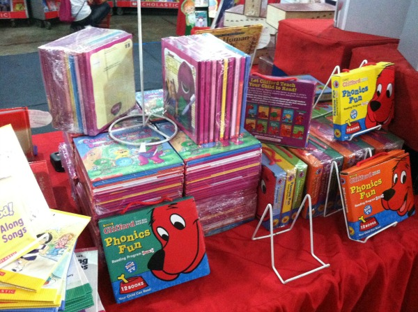 scholastic warehouse sale book sale art of being a mom www.artofbeingamom.com 04