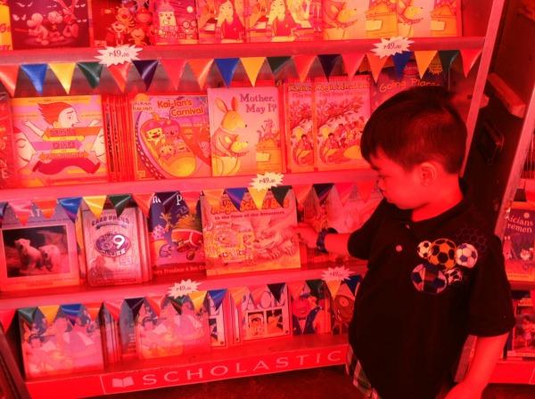 scholastic warehouse sale book sale art of being a mom www.artofbeingamom.com 20