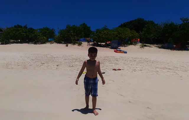 calaguas island camarines sur bicol beach island travel lifestyle mommy blogger www.artofbeingamom.com 03
