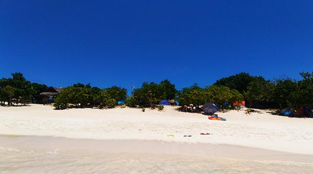 calaguas island camarines sur bicol beach island travel lifestyle mommy blogger www.artofbeingamom.com 06