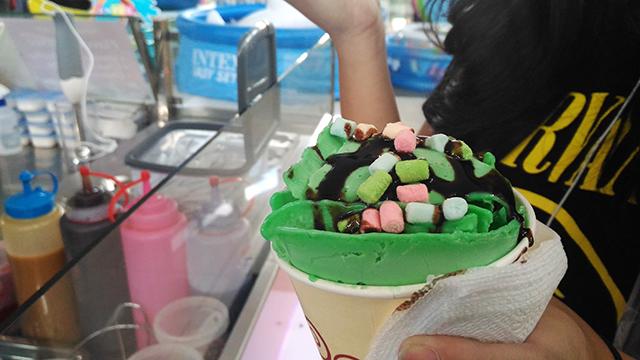 fried ice cream lifestyle mommy blogger www.artofbeingamom.com 04