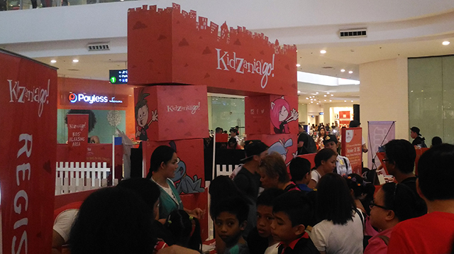 fairview-terraces-halloween-2016-kidzania-fairview-terraces-trick-or-treat-lifestyle-mommy-blogger-philippines-www-artofbeingamom-com-03