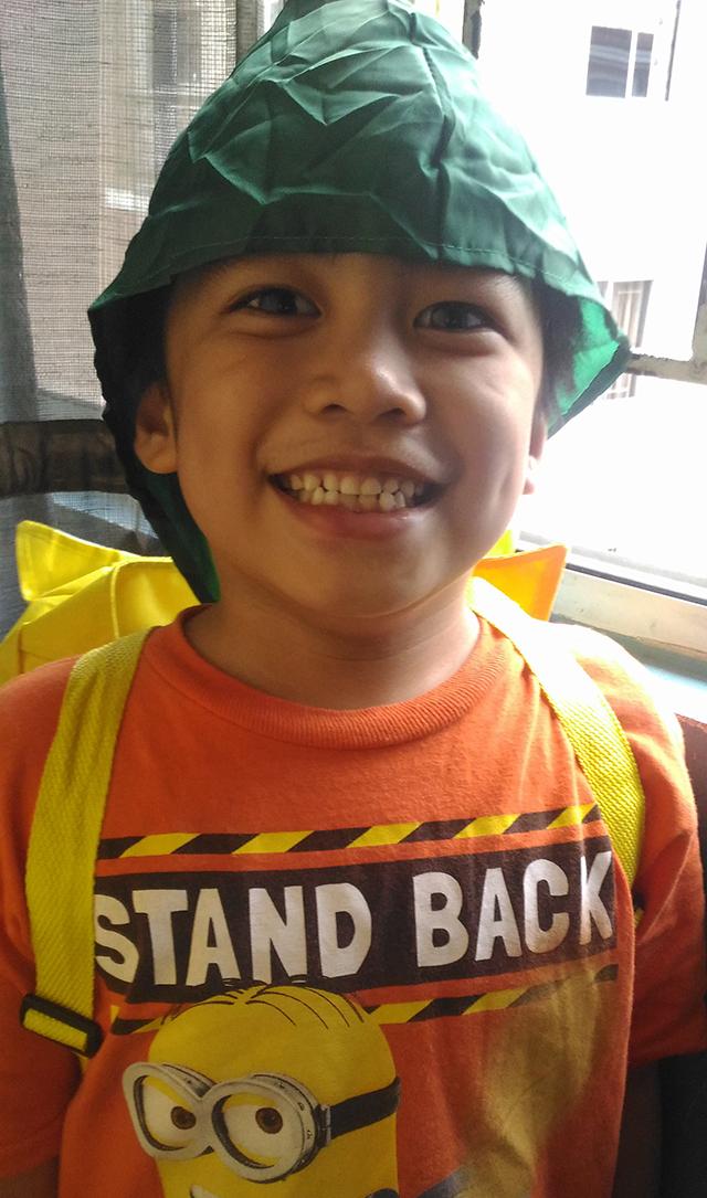 nido-milk-nido-backpack-hoodie-rainy-days-lifestyle-mommy-blogger-philippines-www-artofbeingamom-com-5