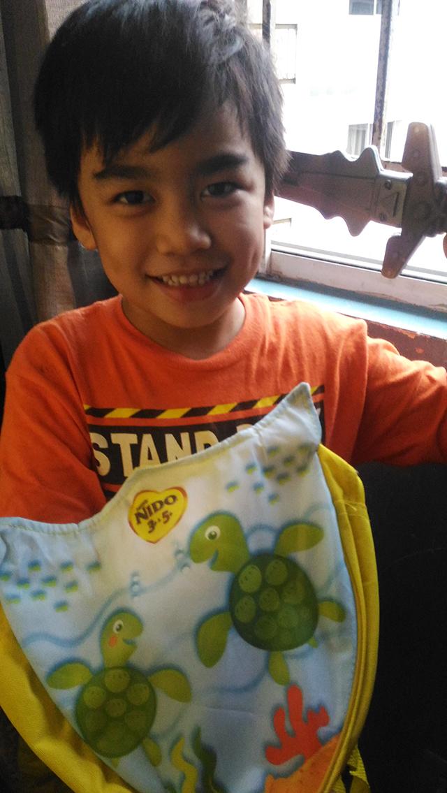 nido-milk-nido-backpack-hoodie-rainy-days-lifestyle-mommy-blogger-philippines-www-artofbeingamom-com-6