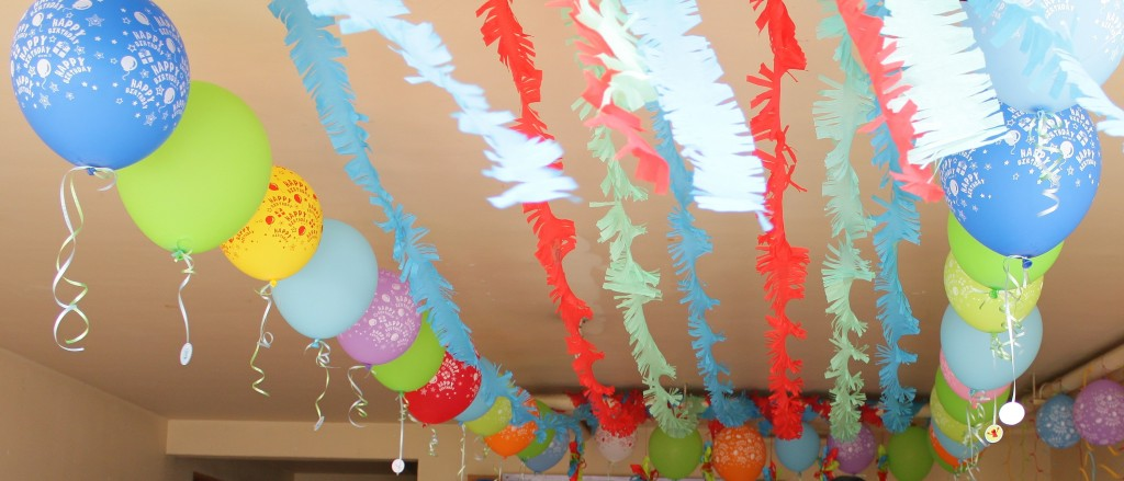 How To Make Your Own Party Decorations Work Art Of Being A Mom